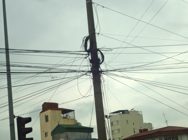 Hanoi electrical street wires