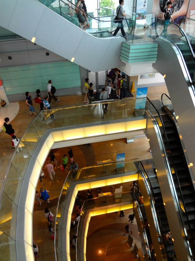 The Peak shopping 2 Hong Kong https://labtofab.wordpress.com/