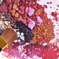 Pack Smart: 6 travel friendly makeup palettes