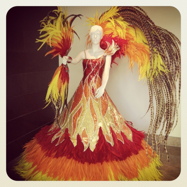 https://kavi360.com/ Carnival gown fire Colombia